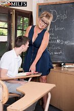 Newcomer Sheree screws her student
